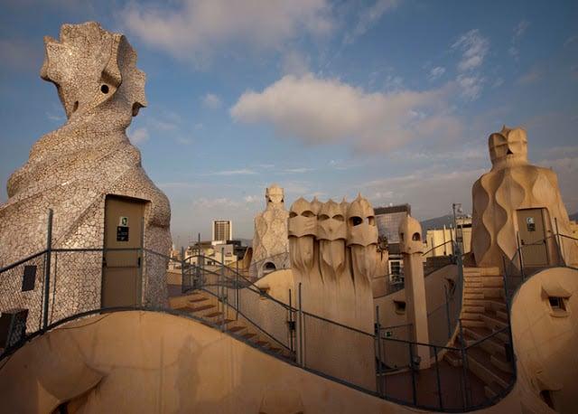 Topo da Casa Milá em Barcelona