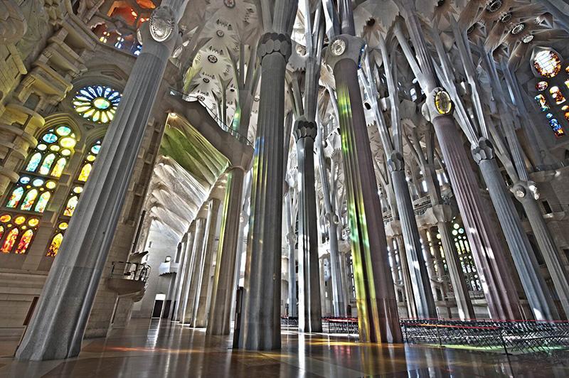 Interior da Igreja Sagrada Família