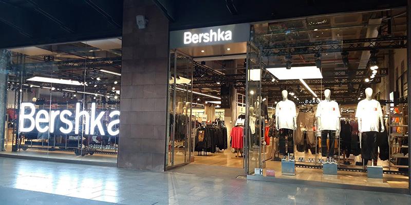 Loja Bershka no Shopping La Maquinista em Barcelona