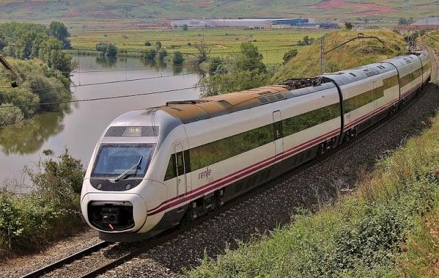 Viagem de trem de Barcelona até Bilbao