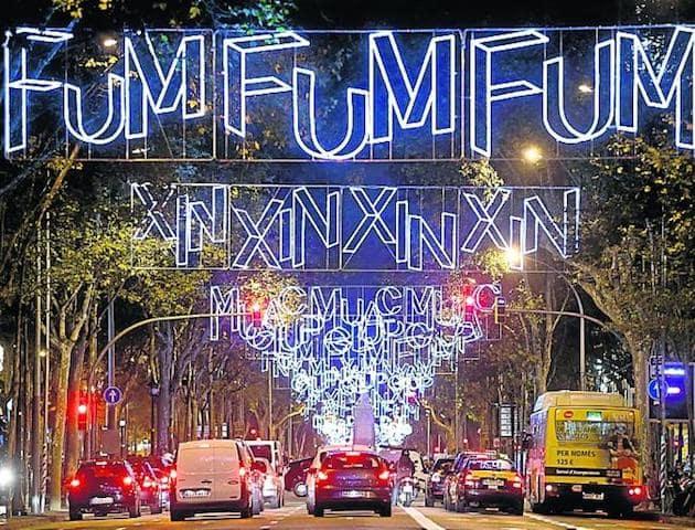 Luzes e enfeites de Natal em Barcelona