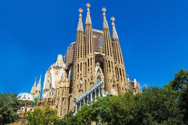 Sagrada Família e Ônibus Hop On Hop Off