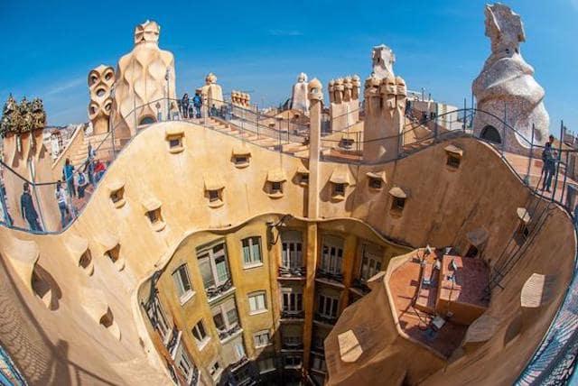 La Pedrera ou Casa Milà de Gaudí