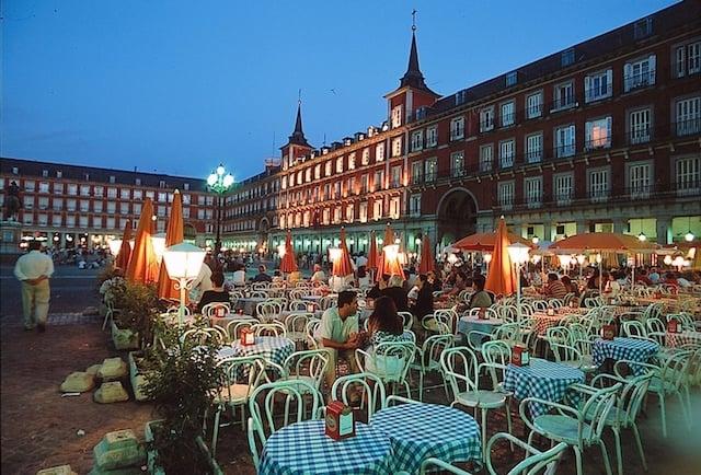 Gorjetas em Barcelona: Quanto e quando pagar
