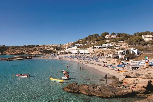 Passeios pela ilha mais famosa da Espanha: Ibiza