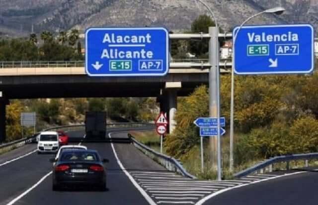 De Barcelona a Valência - estrada