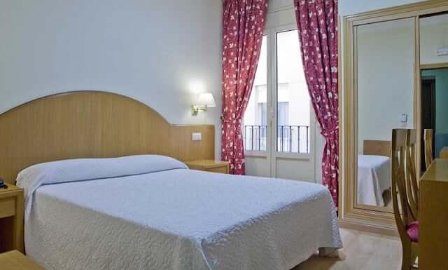 Hotel Europa em Madri - quarto