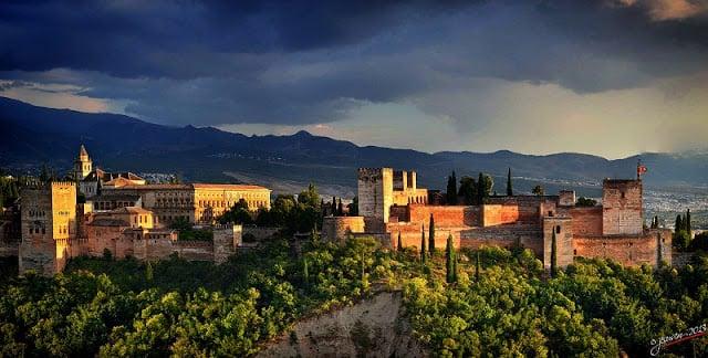 Visitas à Alhambra - noite