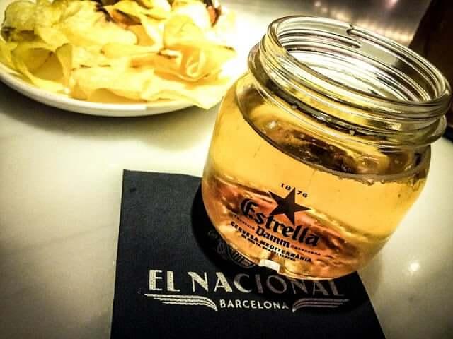 Beber em Barcelona - Cerveja Estrella Dam