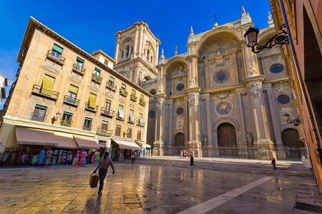 Hospedagem no centro turístico de Granada - Catedral