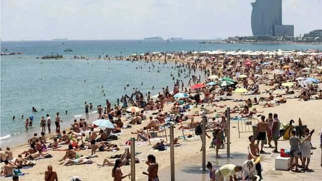 Agosto em Barcelona - alta temporada nas praias