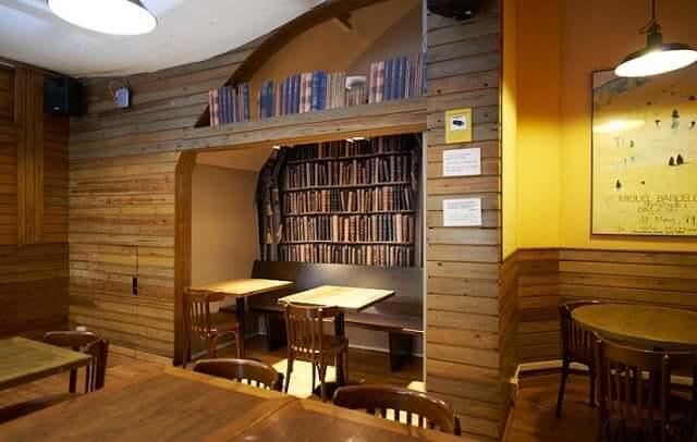 Laie Libreria Café em Barcelona