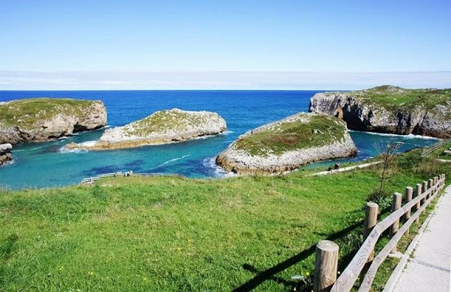Playa de Cué nas Astúrias