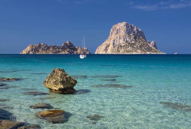 Praia Cala D'Hort em Ibiza