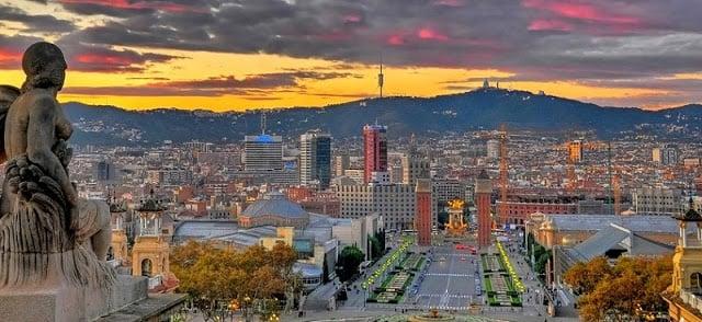 Vistas do Museu Arte Catalunha