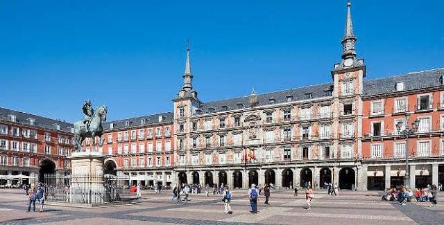 Bairro Asturias em Madri - Plaza Mayor