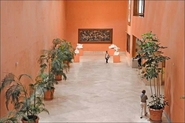 Pátio do Museu Thyssen-Bornemisza