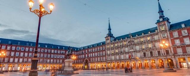 Plaza Mayor à noite