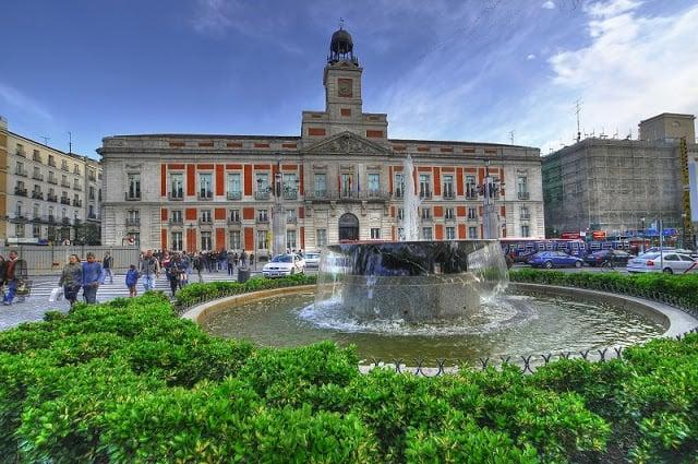 Manifestações na Puerta del Sol em Madri