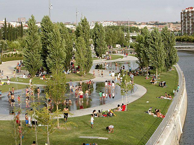 Madrid Rio - rio e áreas verdes