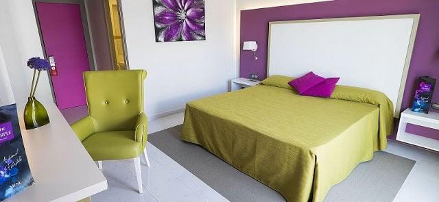Hostel The Purple By Ibiza Feeling