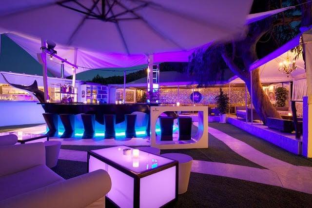 Barzinho em Ibiza