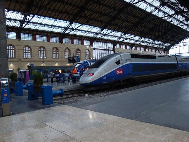 Trem de Madri a Marselha