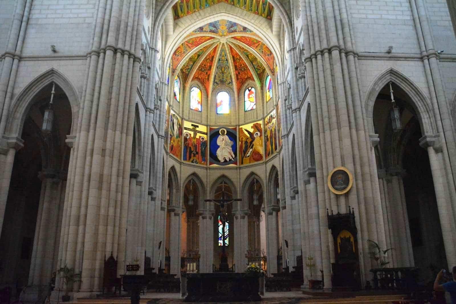 Catedral de Almudena - interior