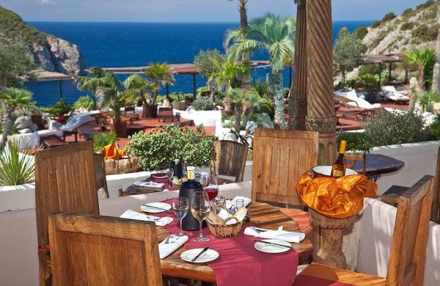 Ibiza - restaurante com vistas