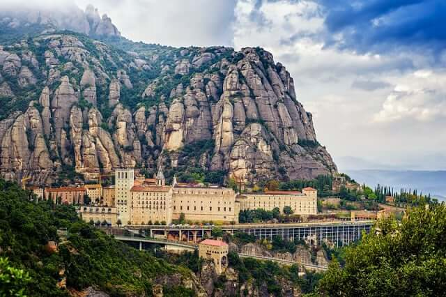 Bate e volta a Montserrat desde Barcelona
