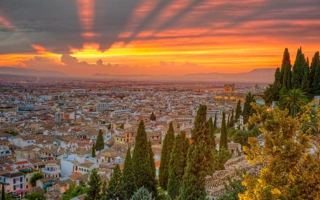 Quantos dias ficar em Granada