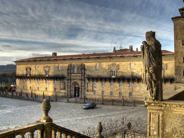 Praça de Obradoiro e Hostal dos Reis Católicos