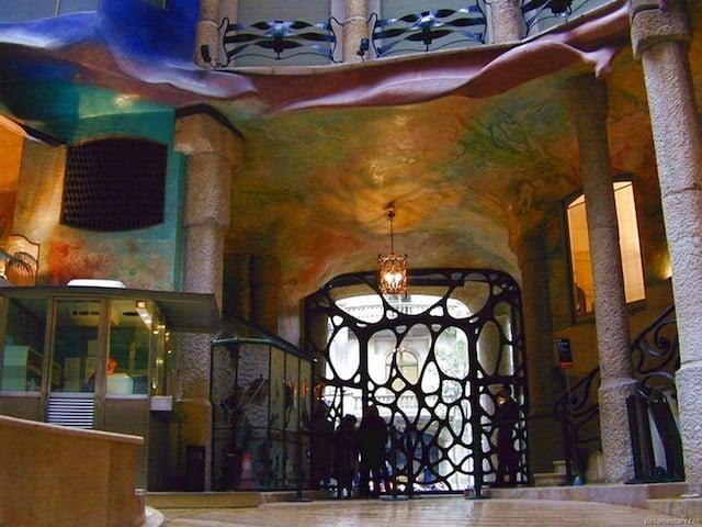 Entrada Casa Milá em Barcelona
