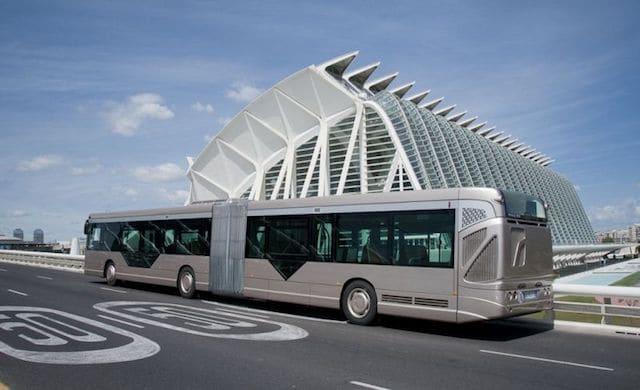 De ônibus do aeroporto ao centro de Valência