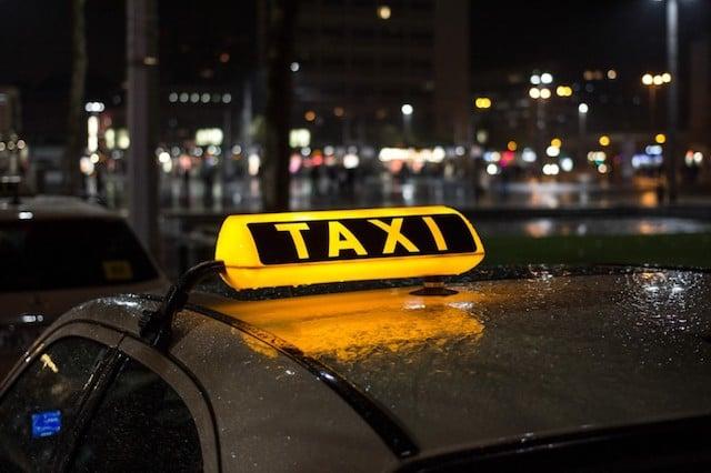 Táxi do aeroporto ao centro de Valência