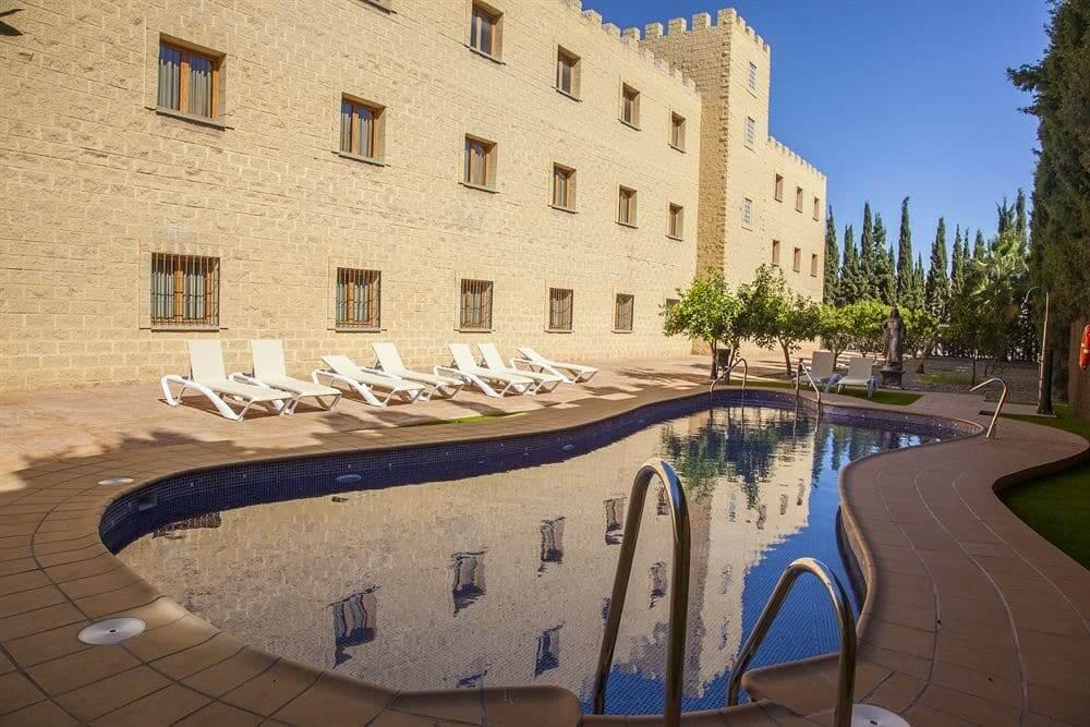 Hotéis bons e baratos em Málaga - Hotel Plaza del Castillo