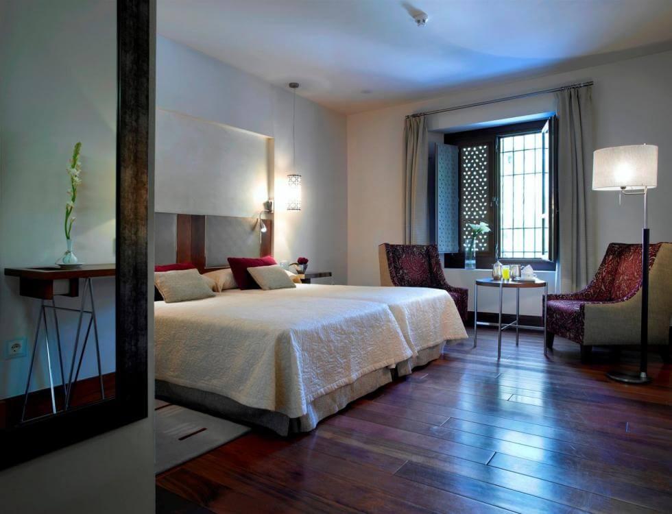 Hotel Parador de Granada - quarto