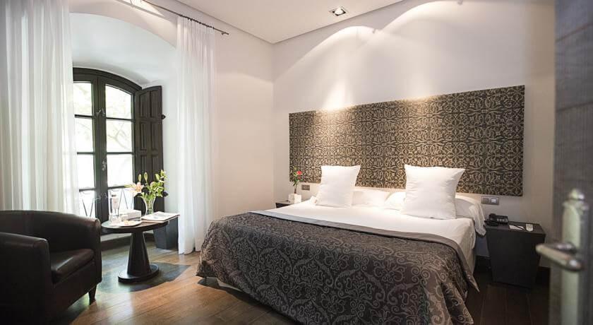 Hospes Palacio del Bailío em Córdoba - quarto