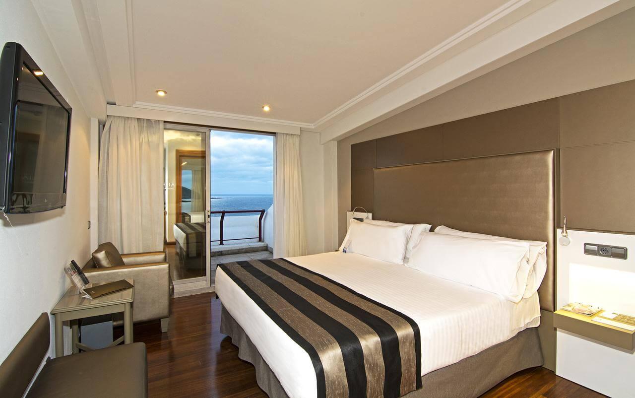 Hotel Meliá Maria Pita em A Coruña - quarto