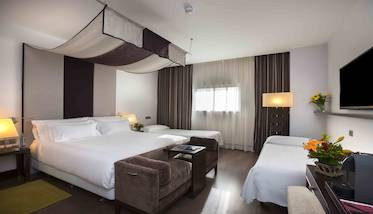 Hotel NH Collection Santiago de Compostela - quarto