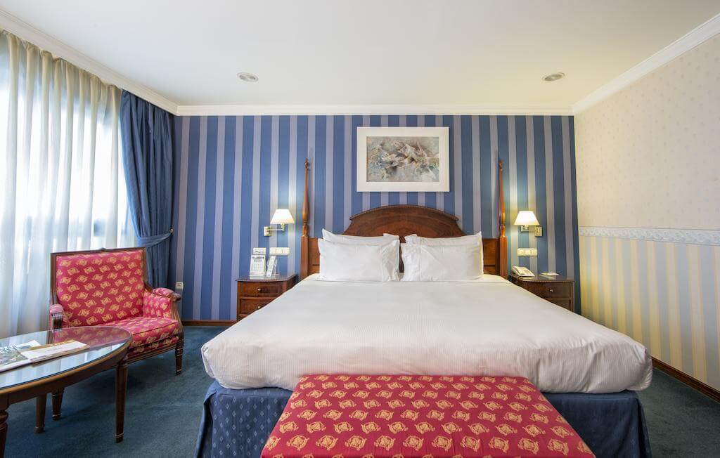 Hotel Eurostar Araguaney em Santiago de Compostela - quarto