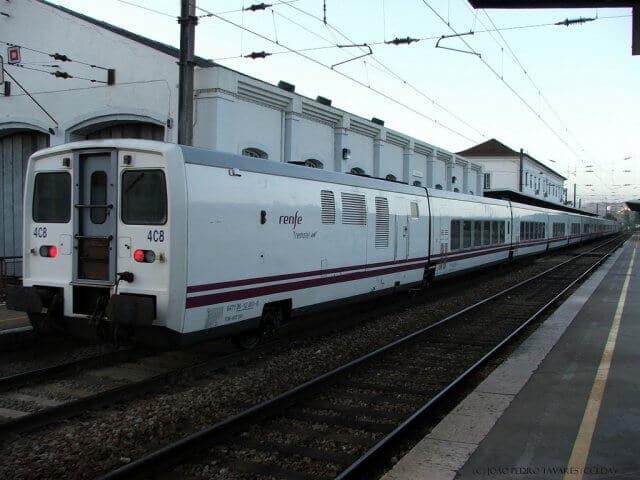 Viagem de trem de Madri a Lisboa