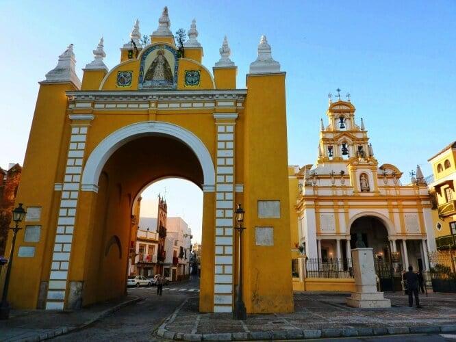 Bairro La Macarena em Sevilha - Arco de Macarena