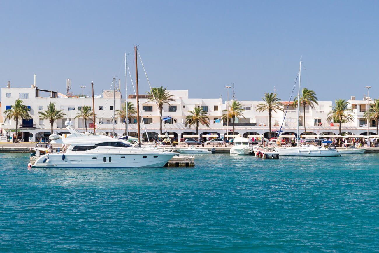 Hospedagem em La Savina - Porto de Formentera