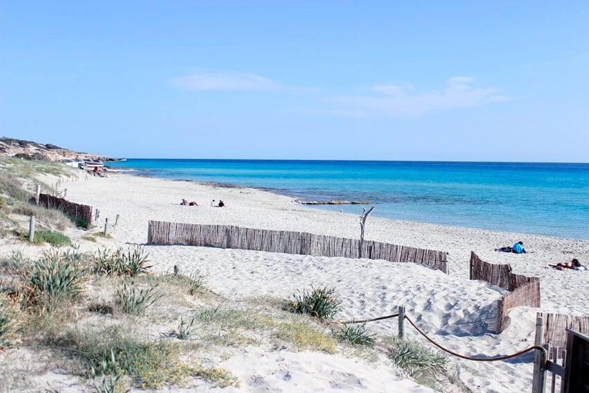 Playa de Migjorn em Formentera