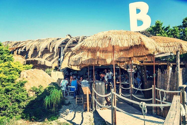 Balada Beso Beach
