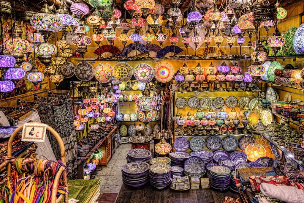 Loja com lembrancinhas em Granada