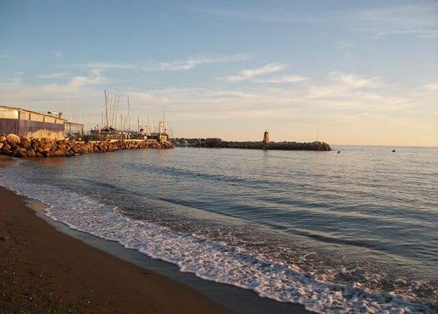 Playa del Dedo em Málaga