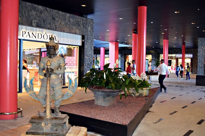 Shopping Siam Mall